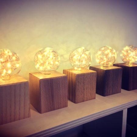 Lampes déco en bois massif